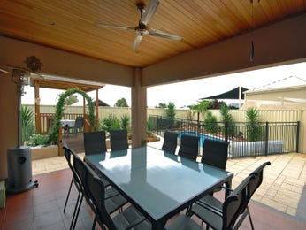 Walled outdoor living design with outdoor dining & outdoor furniture setting using stone - Outdoor Living Photo 1359403