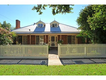 Photo of a brick house exterior from real Australian home - House Facade photo 312255