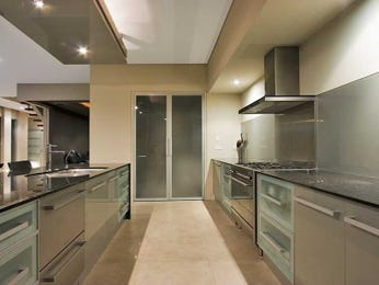 Galley Kitchen Designs With Breakfast Bar