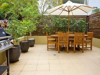 Enclosed outdoor living design with bbq area & outdoor furniture setting using slate - Outdoor Living Photo 1295467