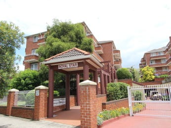 Photo of a brick house exterior from real Australian home - House Facade photo 874356
