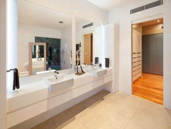 Modern bathroom design with twin basins using frameless glass - Bathroom Photo 693651