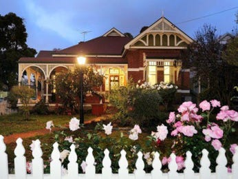 Photo of a brick house exterior from real Australian home - House Facade photo 605798