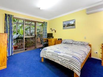 Classic bedroom design idea with floorboards & sash windows using white colours - Bedroom photo 766936