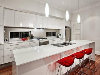 Modern island kitchen design using hardwood - Kitchen Photo 1076753