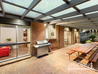 Outdoor living design with bbq area from a real Australian home - Outdoor Living photo 16984069