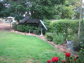 Photo of a landscaped garden design from a real Australian home - Gardens photo 902368