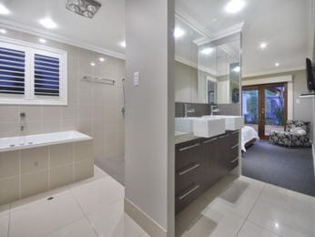 Granite in a bathroom design from an Australian home - Bathroom Photo 1059291