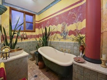 Tiles in a bathroom design from an Australian home - Bathroom Photo 317159