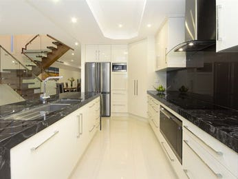 Modern galley kitchen design using marble - Kitchen Photo 784671