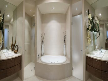 Modern bathroom design with twin basins using tiles - Bathroom Photo 1404660