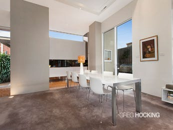 Modern dining room idea with glass & floor-to-ceiling windows - Dining Room Photo 8662561