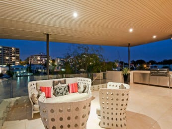Outdoor living design with bbq area from a real Australian home - Outdoor Living photo 622681