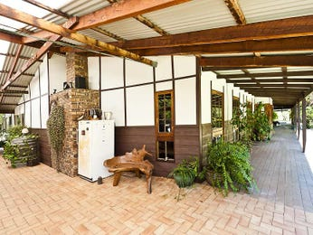 Outdoor living design with verandah from a real Australian home - Outdoor Living photo 935864