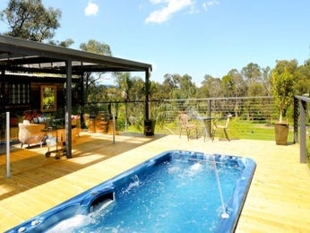 Outdoor living design with bbq area from a real Australian home - Outdoor Living photo 621829