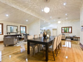Photo of a dining room design idea from a real Australian house - Dining Room photo 1114234