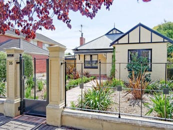 Photo of a brick house exterior from real Australian home - House Facade photo 1121363