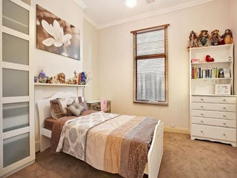 Children's room bedroom design idea with carpet & mantelpiece using brown colours - Bedroom photo 551541