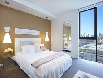 Modern bedroom design idea with carpet & floor-to-ceiling windows using brown colours - Bedroom photo 439108
