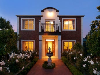 Photo of a brick house exterior from real Australian home - House Facade photo 1582262