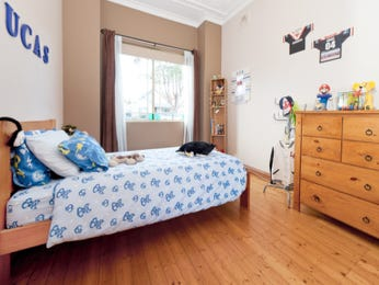 Blue bedroom design idea from a real Australian home - Bedroom photo 917104