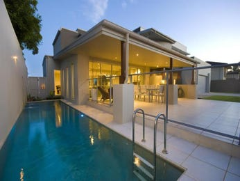 Photo of a geometric pool from a real Australian home - Pool photo 493418