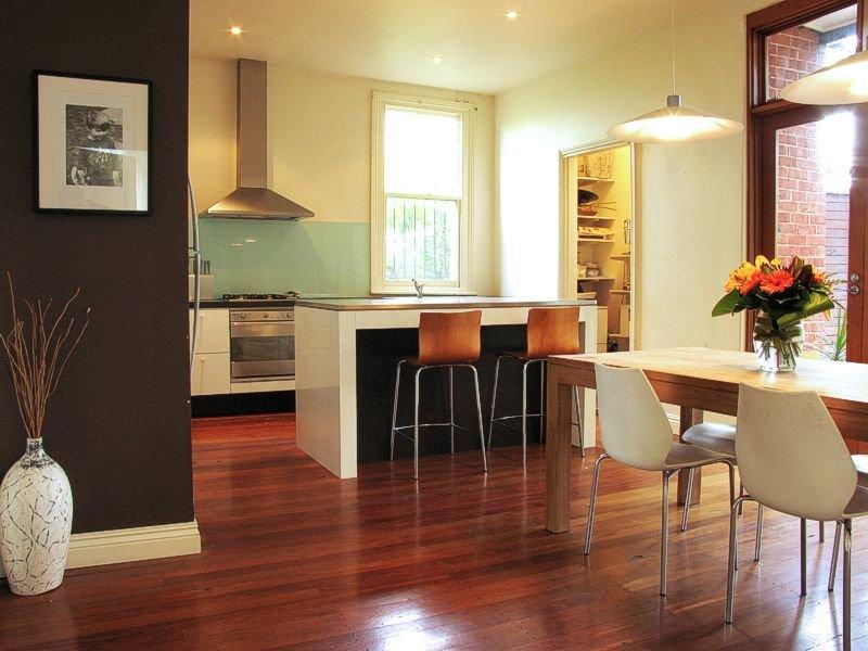 Classic kitchen-dining kitchen design using exposed brick - Kitchen Photo 436703