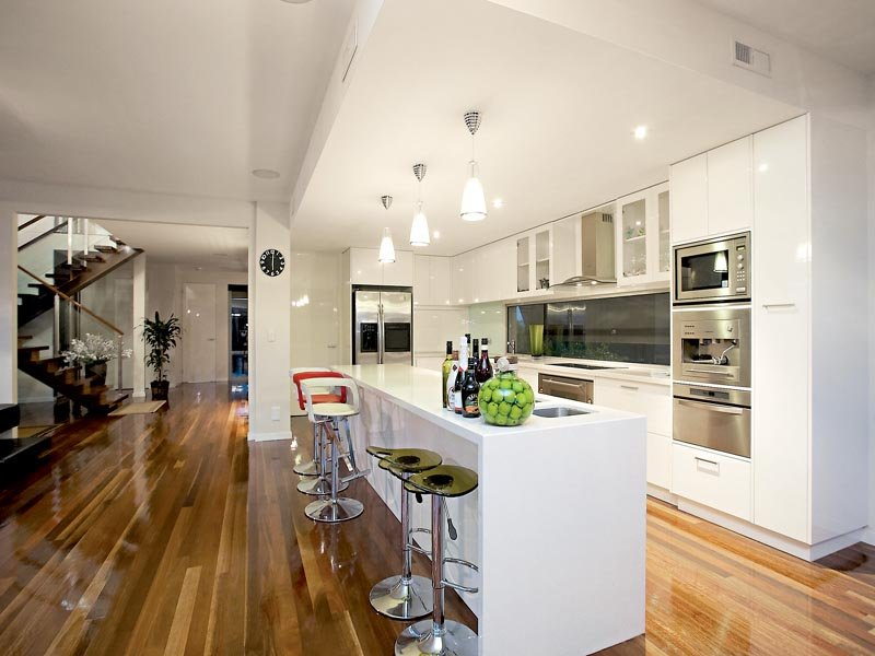 Floorboards in a kitchen design from an australian home for Kitchen ideas australia