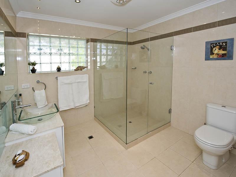 Elegant Floor To Ceiling Bathroom Tile