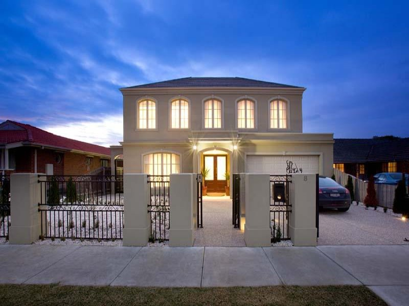Concrete georgian house exterior with portico ground - Georgian style exterior lighting ...