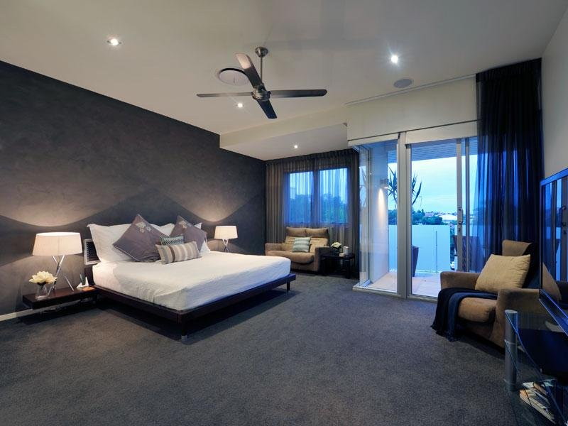 Classic bedroom design idea with carpet balcony using for Best carpets for bedrooms