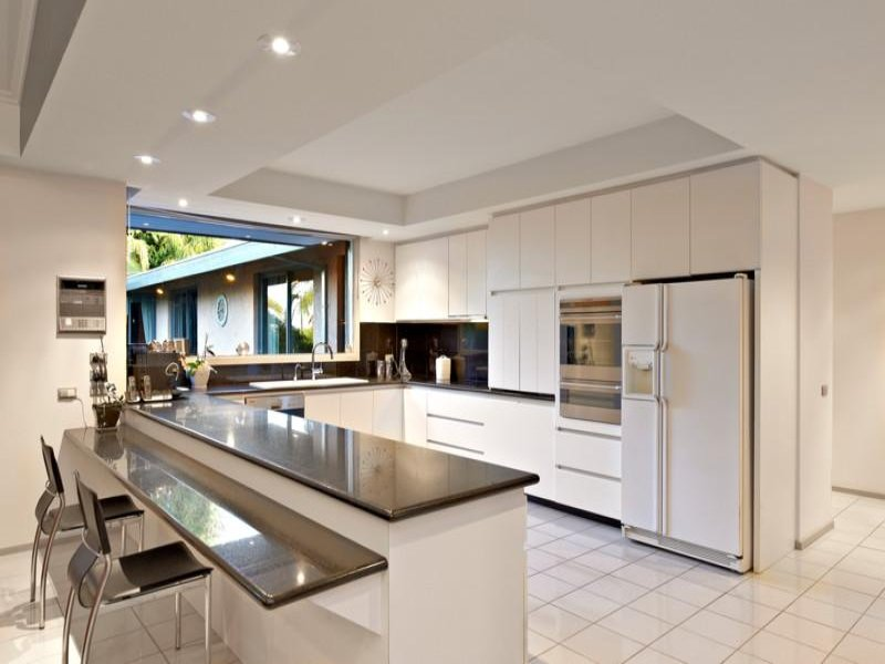 Modern open plan kitchen design using granite kitchen Contemporary open plan kitchen