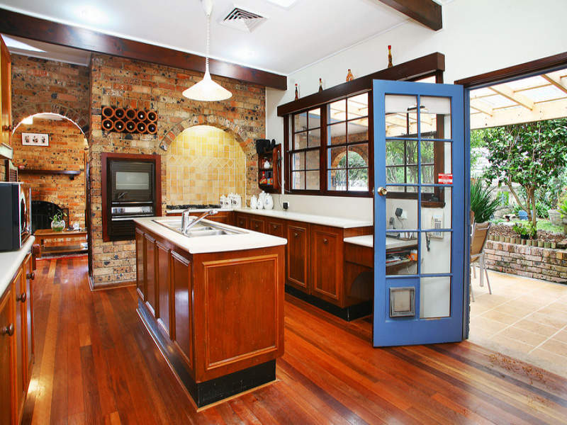 Country Island Kitchen Design Using Exposed Brick Kitchen Photo 366176
