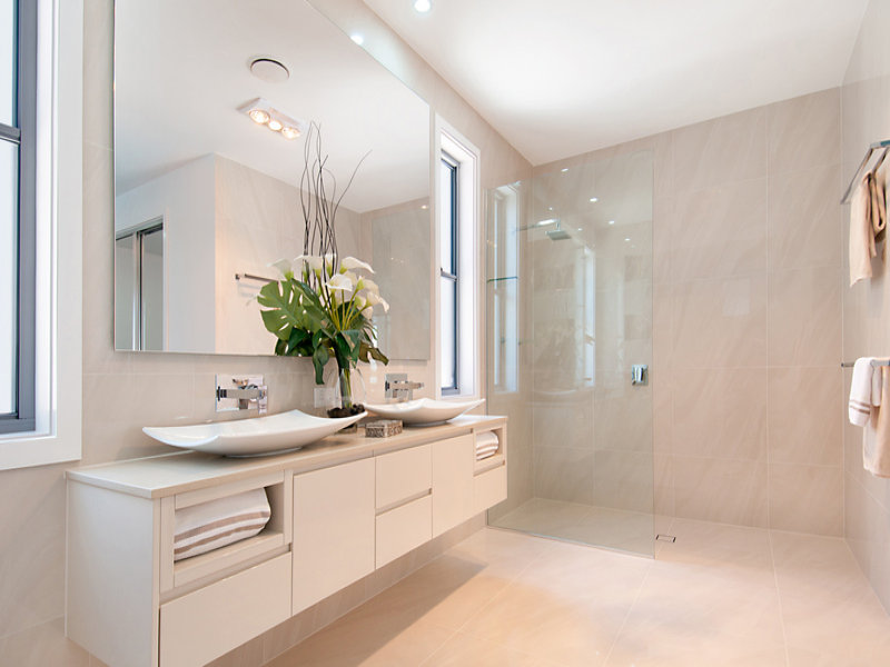Use These Bathroom Decorating Ideas For Your Home: Modern Bathroom Design With Twin Basins Using Frameless