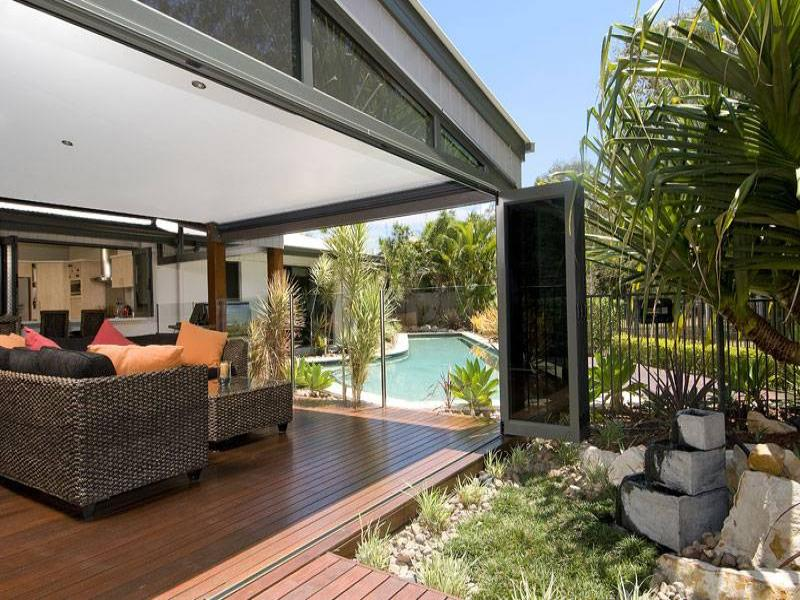 Outdoor living design with pool from a real australian for Outdoor pool room ideas