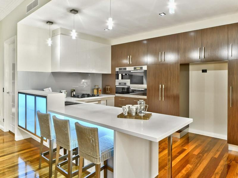 Modern U Shaped Kitchen Design u-shaped kitchen design using floorboards - kitchen photo 607447