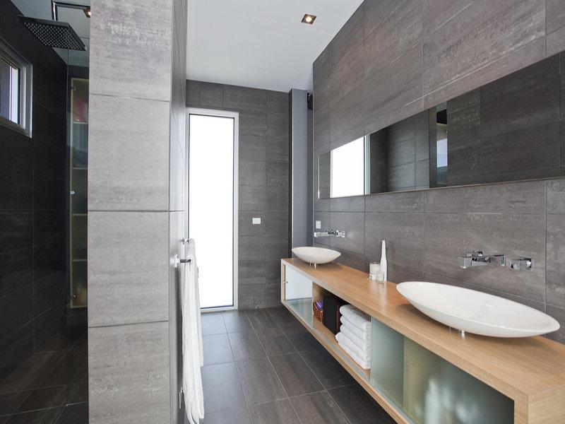 Alfa img showing gt using slate in bathrooms