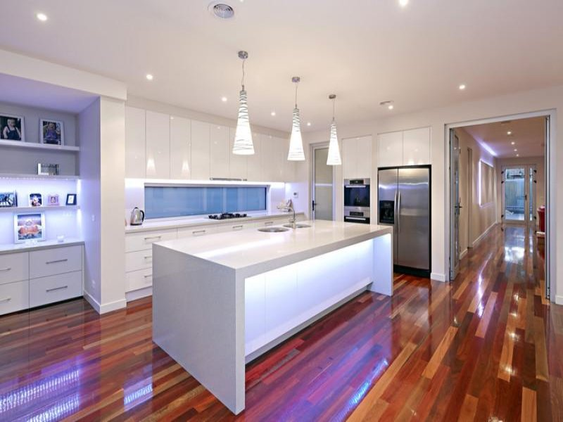 Pendant Lighting In A Kitchen Design From An Australian