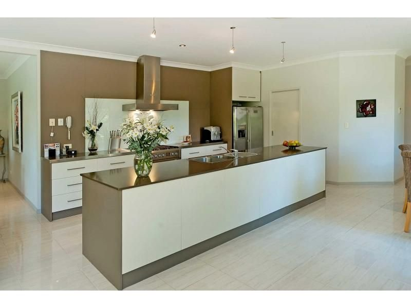 Decorative lighting in a kitchen design from an australian for Galley kitchen designs australia