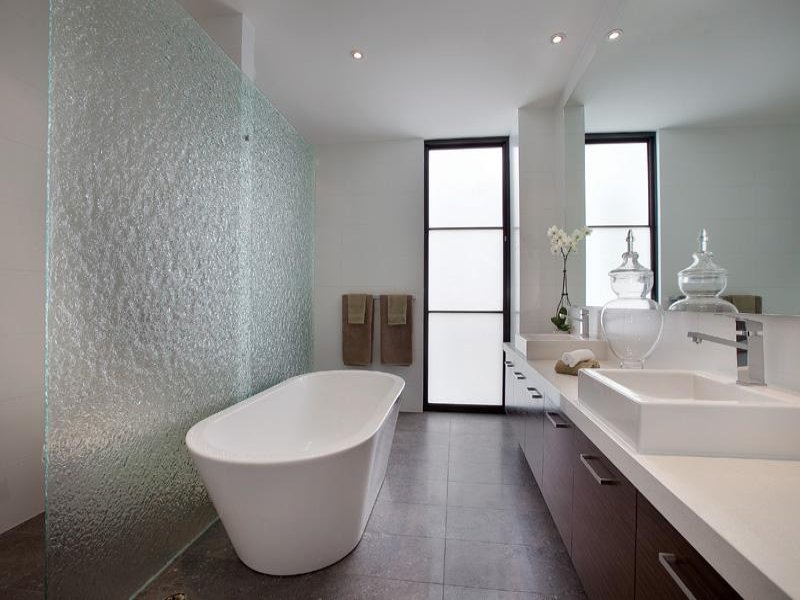 Tremendous Bathroom Design With Freestanding Bath Using Frameless Glass Largest Home Design Picture Inspirations Pitcheantrous
