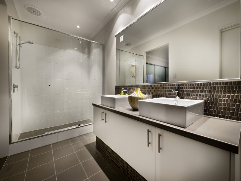 Tiles in a bathroom design from an australian home for Bathroom designs australia