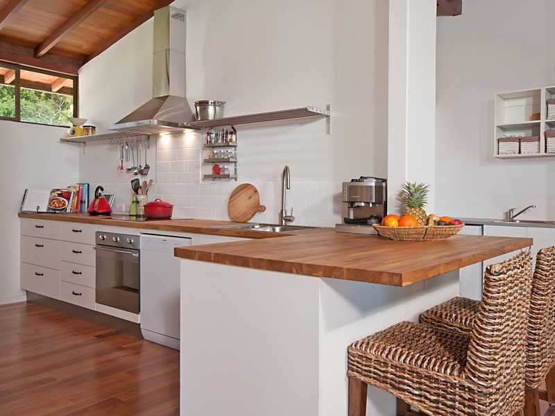 Modern L Shaped Kitchen Design Using Floorboards Kitchen