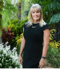 Ellen - Team Kerr, Ray White - Whitsunday