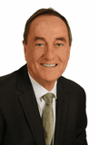 Robert Steele, Raine & Horne - Rosebud