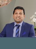 Darrell Fernandes, Prestige Professionals