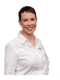 Natalie Gesler, @ Real Estate - YEPPOON