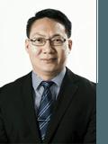 Bruce Wang,