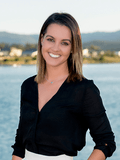 Sophie Watts, Coomera Realty - Oxenford