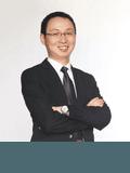 Justin Yang,