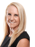 Emma Robinson, Qteam Realty Pty Ltd - BRASSALL